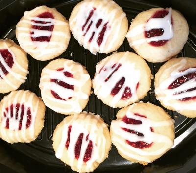 Costco E.D. Smith Raspberry Jam and Almond Shortbread Cookie Recipe