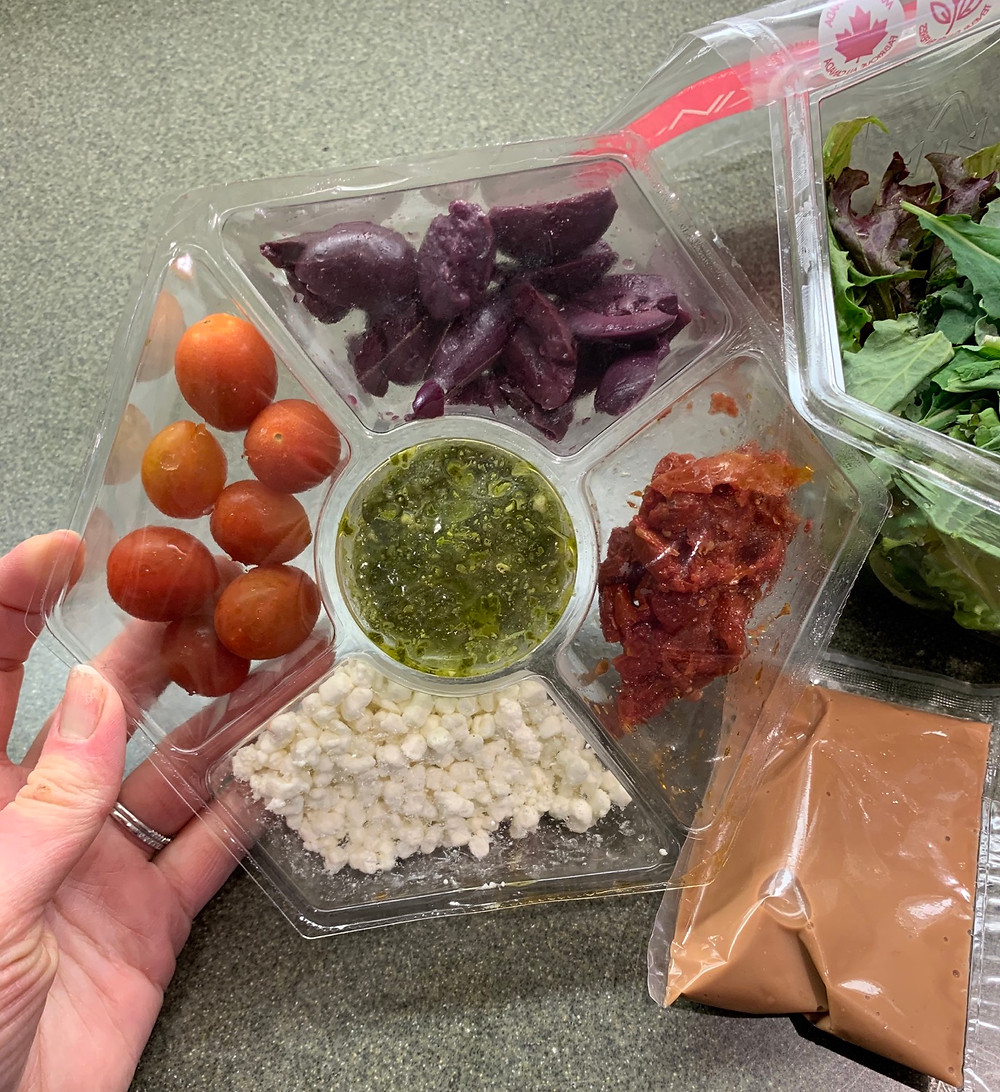 Costco Kickin' Caprese Salad by Inspired Salads Ingredients