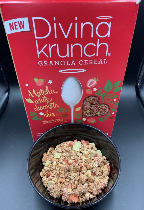 Divina Krunch Granola Cereal, Matcha, White Chocolate and Chia