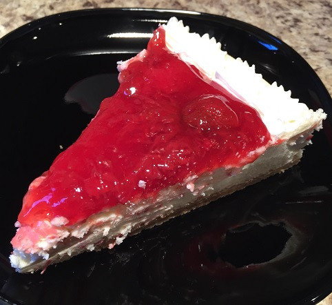 Costco Kirkland Signature N.Y Style Cheesecake With Strawberry Topping