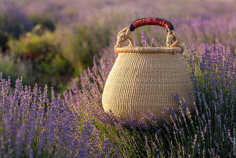 Рекламна фотографія, предметна фотографія плетеної корзинки