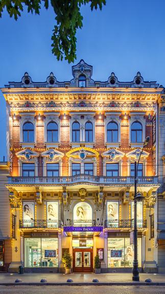Архитектурная фотография здания Опера Пассаж, Львов, Украина 🇺🇦