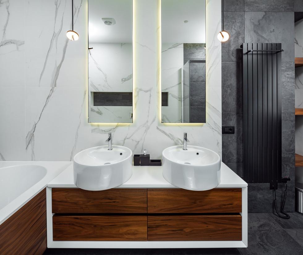 Интерьерная фотография ванной комнаты. Интерьерный фотограф Ян Волянский.