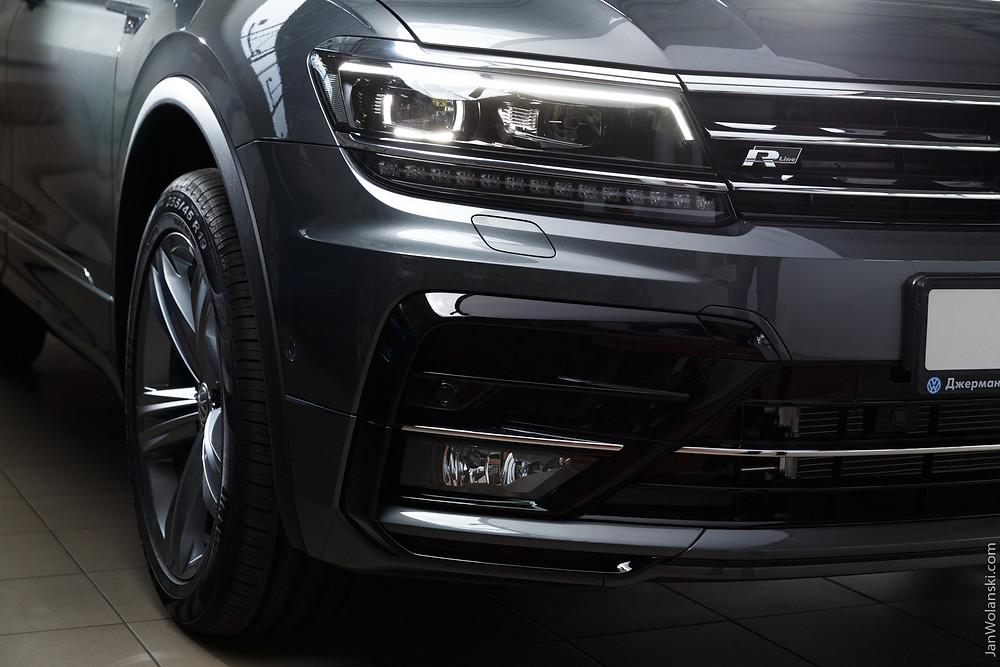 Volkswagen Tiguan R-line headlights