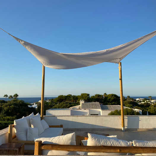 Lounge on the terrace with 360º views