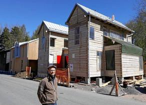 Janne Kilpinen rakennutti minitalon Helsinkiin, neliöitä piti lisätä viranomaisen vaatimuksesta – hi