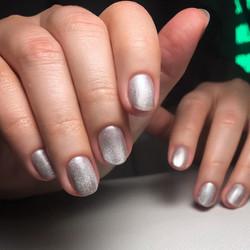 Sparkly nails by Le diX Paris