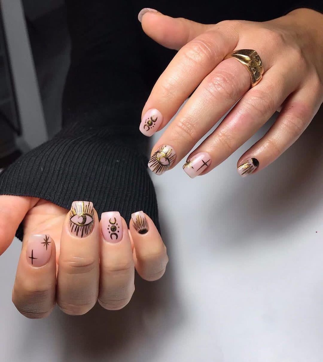 Gold Nails Art By Le diX concept Paris