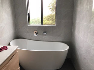 bathtub&wall tiles.jpeg