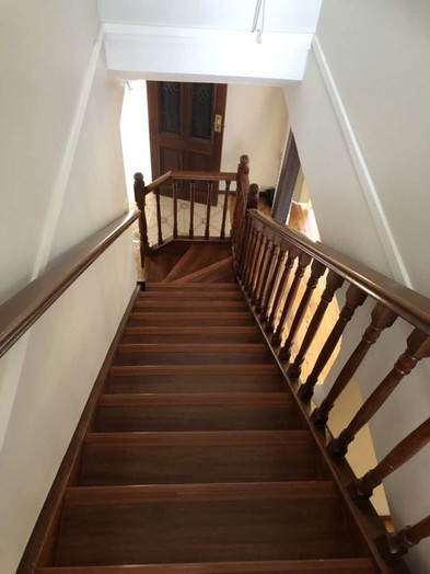 timber stair.jpg