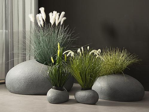 Concrete/fiberglass planters set
