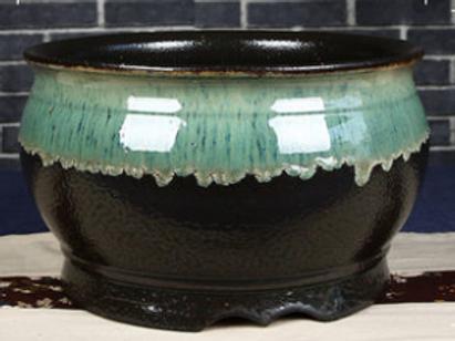 Contrast glaze plantation pot