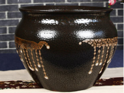 Round neck plantation pot
