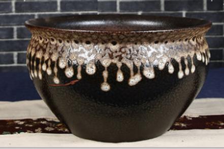 Neck pattern baked clay pot