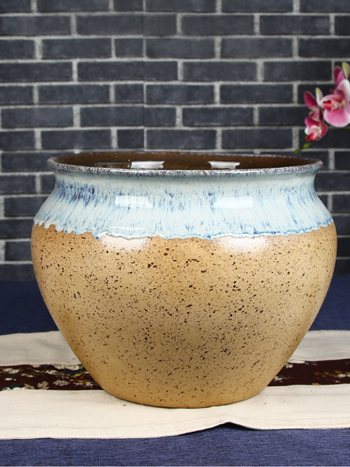 Classical style plantation pot