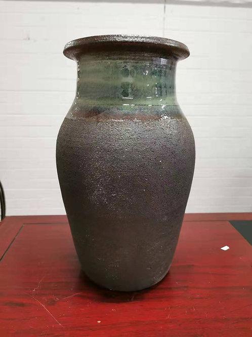 Glazed neck vase