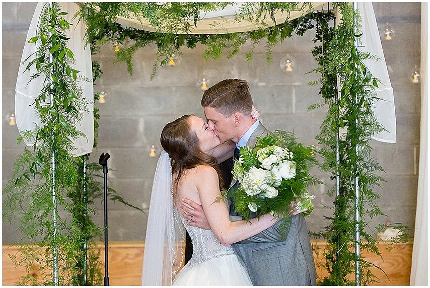 10-union_market_dc_wedding.jpg