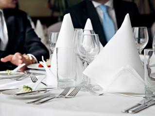 Frais de repas et de restaurants : quelles déductions ?