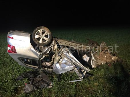T2 - Schwerer Verkehrsunfall mit eingeklemmter Person