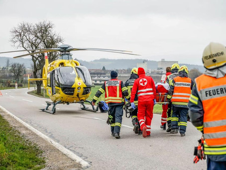 T2 - Menschenrettung nach Verkehrsunfall