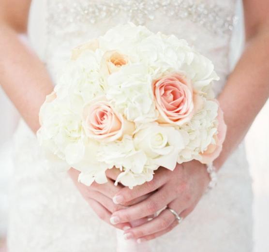Bridal Bouquet Round