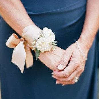 Ribbon Wrap Flower Wrist Corsage