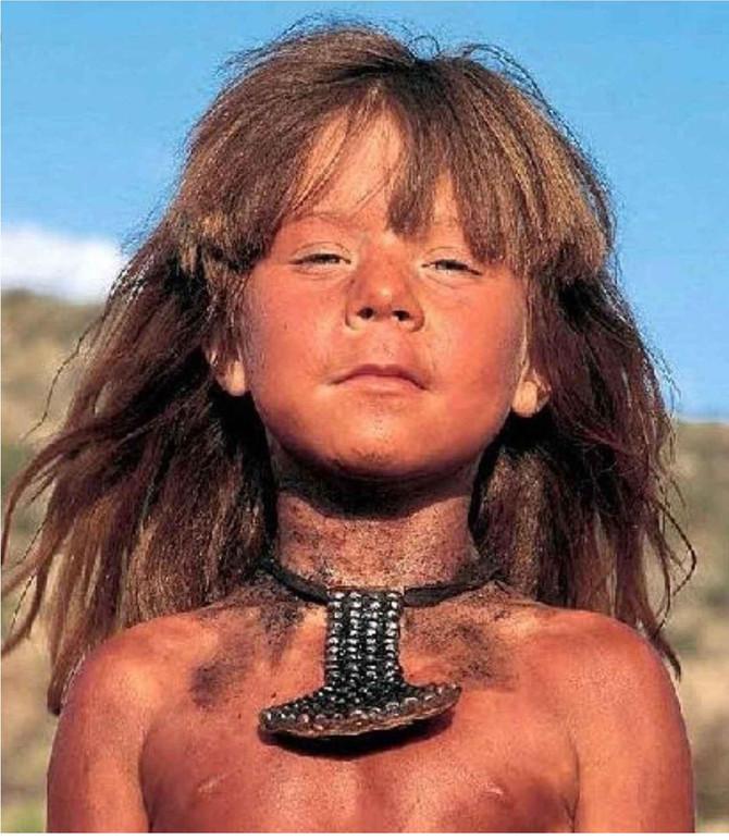 アフリカの大自然で育まれた進化した人間の姿 (New Human/ニューヒューマン)