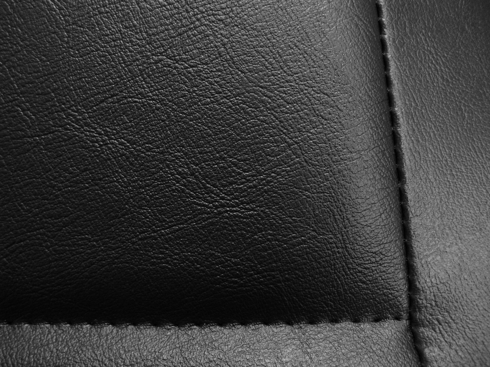 Donington 917-1 kunstleer detail 2
