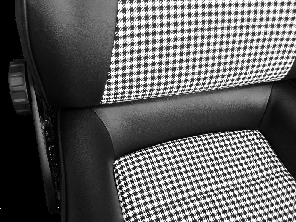 Donington 917-5 Pepita detail