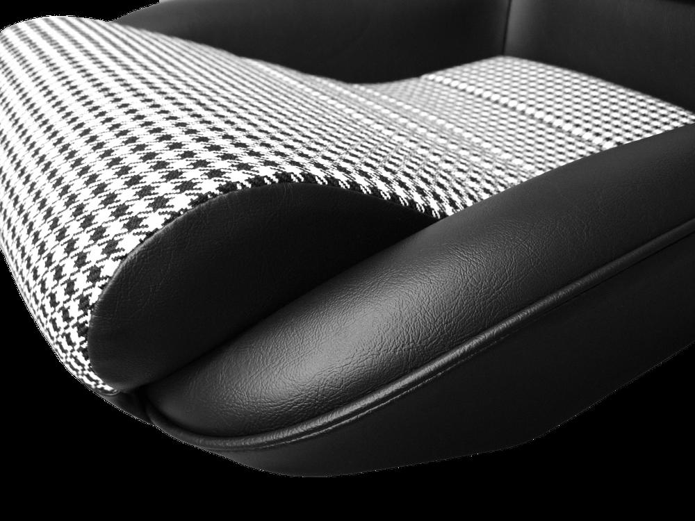 Donington 917-5 Pepita detail 2