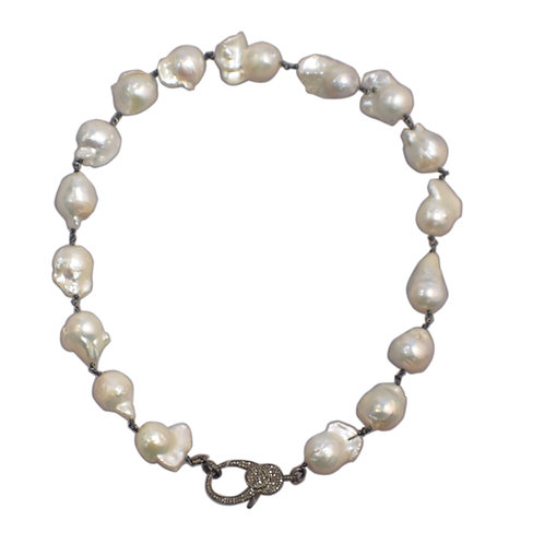 WHITE FRESHWATER BAROQUE PEARLS W/ DIAMOND LOBSTERCLAW