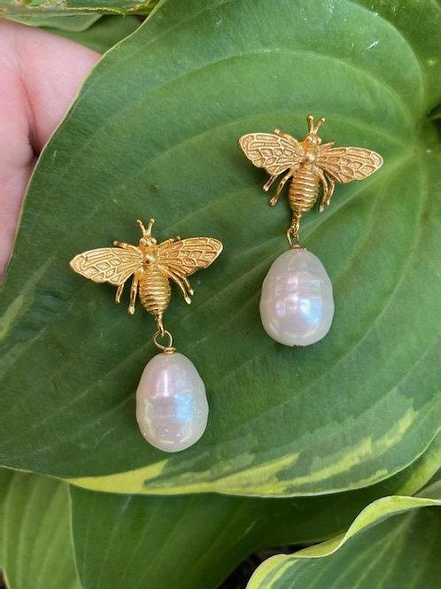 BAROQUE PEARL GOLD BEE EARRINGS