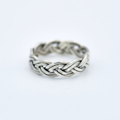 SILVER WOVEN KNOT