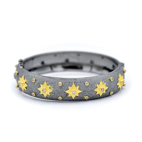 MIXED METAL SHINING STAR BANGLE