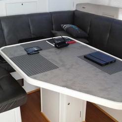 00012-saloon - table (old feet) 2.jpg