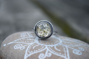 White Queen Annes Lace Ring