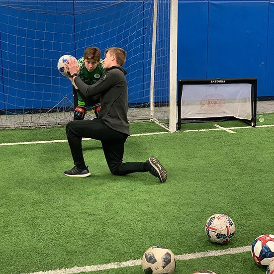 Goalkeeper Training (1 on 1)