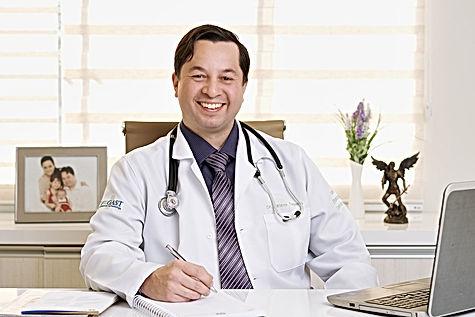 dr-adriano-tagara00048-1200px.jpg