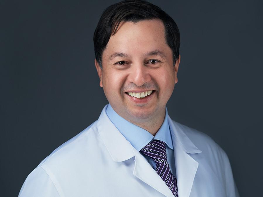 dr-adriano-tagara01261-1200px.jpg