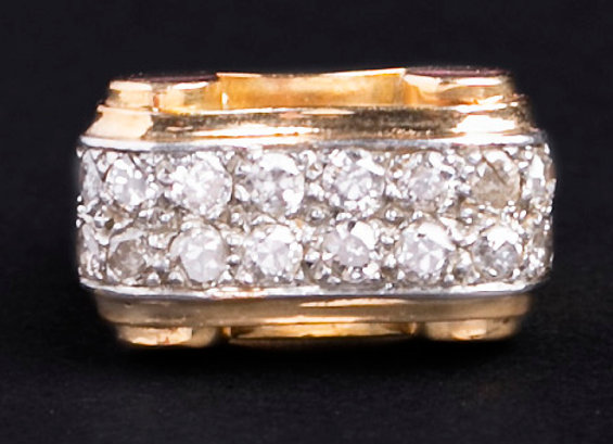 Tank de diamants sur or jaune face