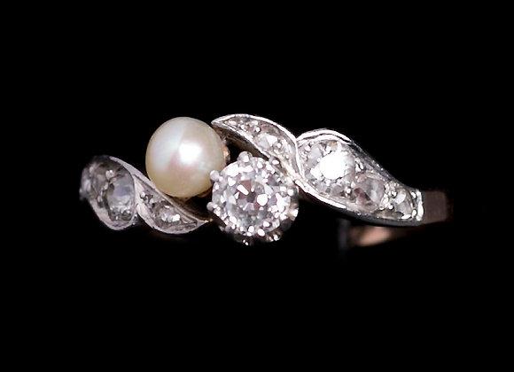 Bague premières émotions or blanc perle et diamants face