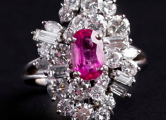 Bague la somptueuse or gris rubis et diamants face