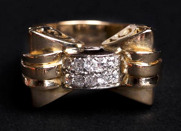 Bague noeud précieux or jaune et diamants face