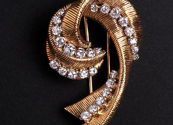 Broche volutes n°1 or et diamants face