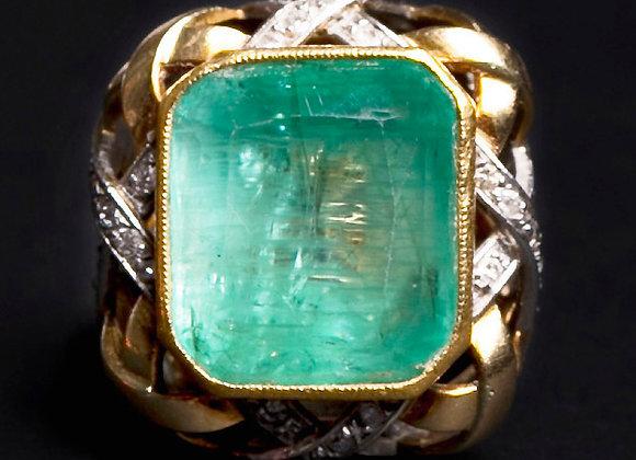 Bague ancienne or jaune émeraude et diamants face