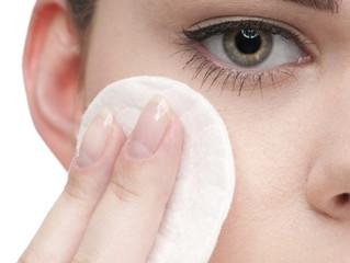 Qual é a melhor maneira de remover a maquiagem?