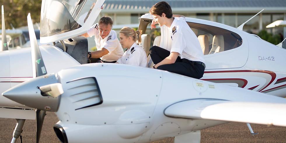 """Series #3: Du học ngành hàng không, ngành """"hot"""" nhất hiện nay"""