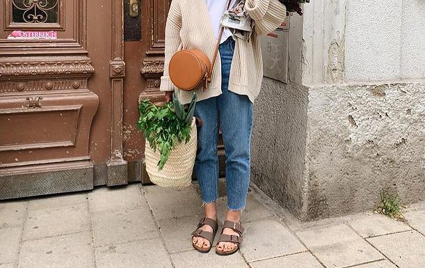 Stylish, Travel-Friendly Summer Sandals for Women