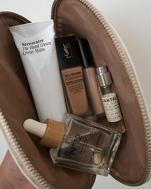 Classic Toiletry Bags for Stylish Female Travelers