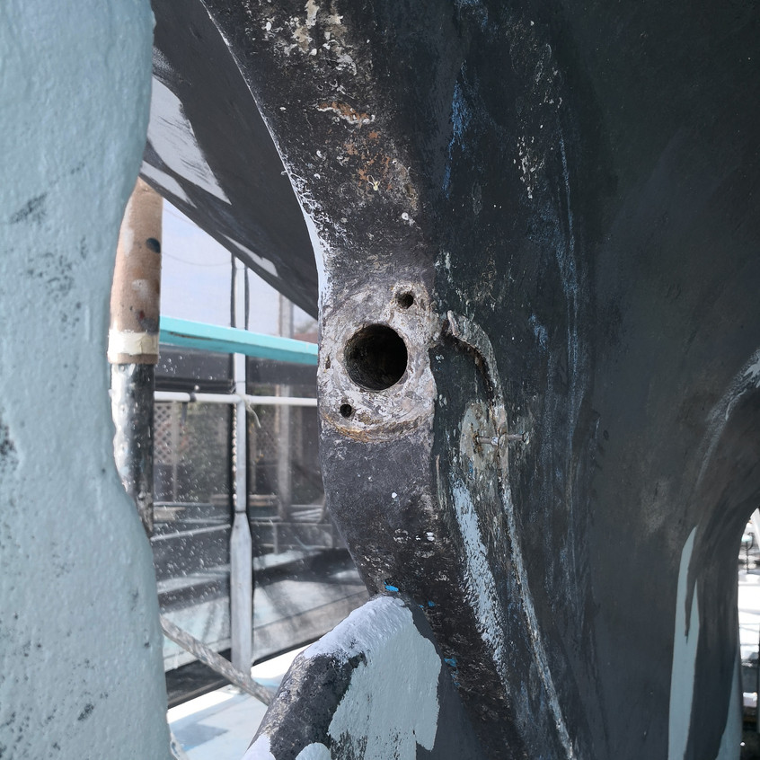 Closer view of the prop hole
